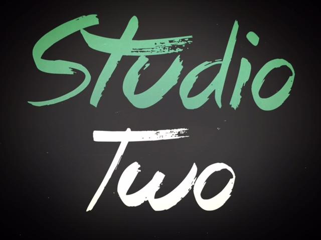 studio2sign.JPG